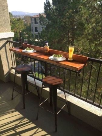 super-small-balkon-bar