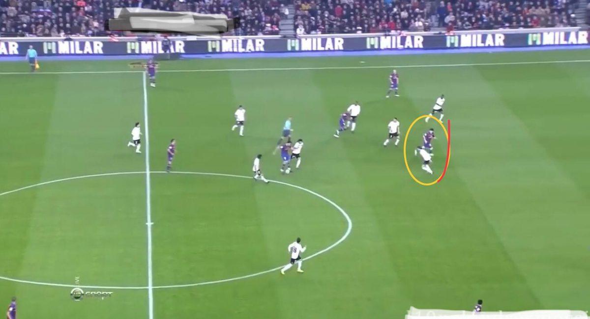 half-space-bek-oyuncusu-spaces-soccer-sportbmc